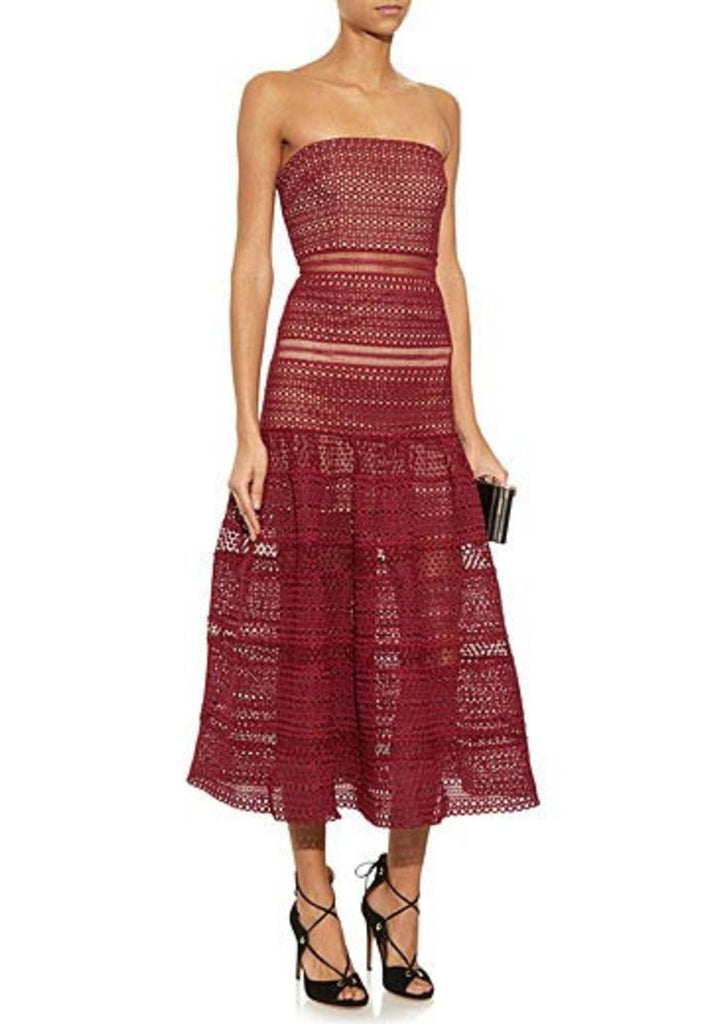29e3d5e5fd75 Self Portrait Burgundy Strapless Lace Gown | Wardrobista.com