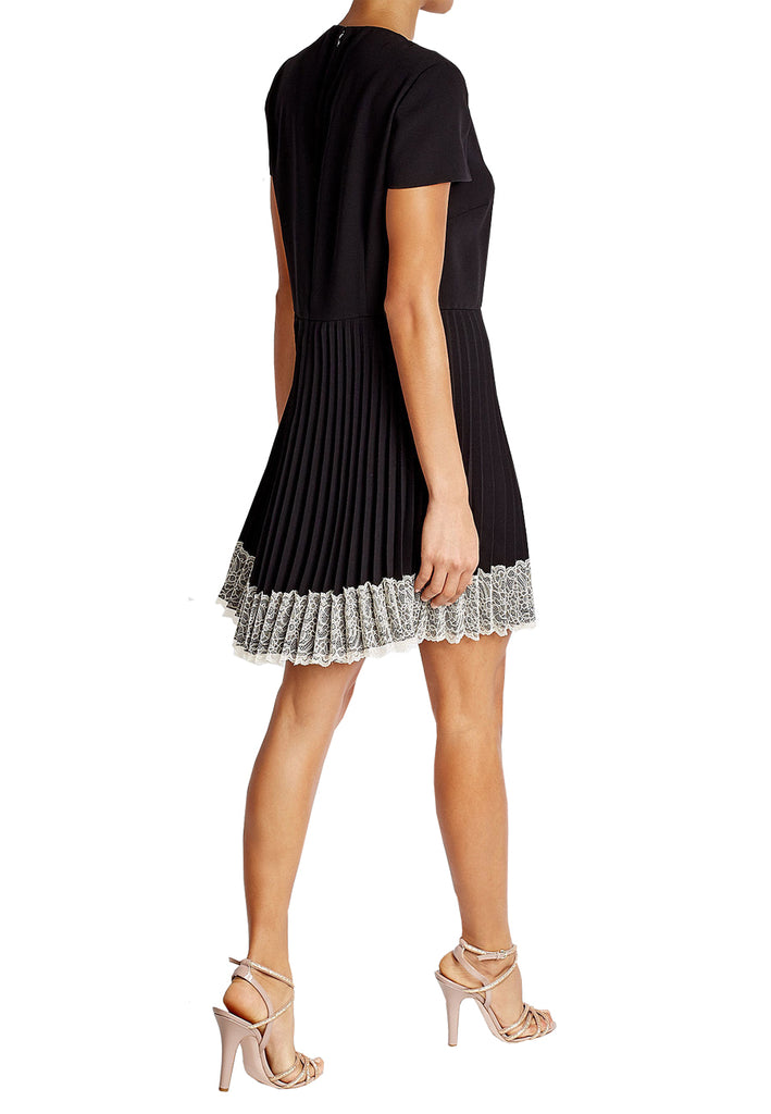 Black Short Sleeves Pleated Lace Hem Mini Dress