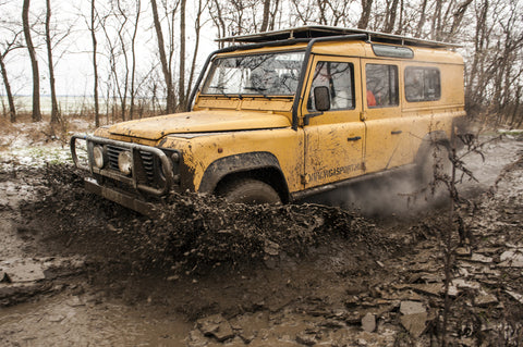 Land Rover terepjárós program