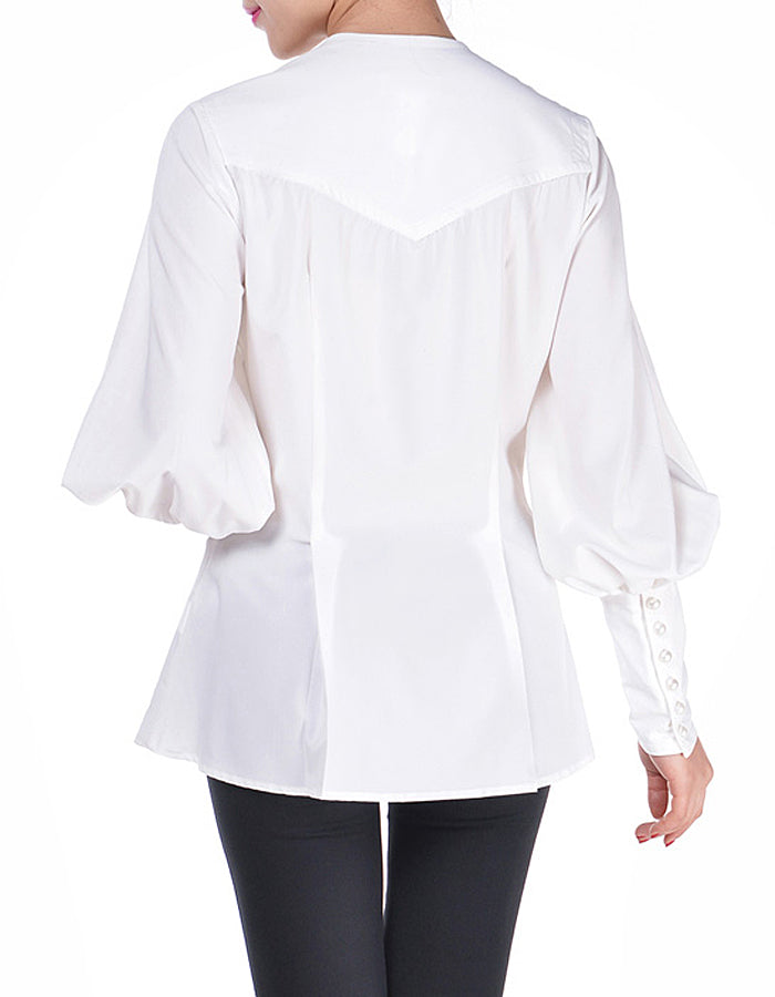 Poets Dream Cream Long Sleeve Blouse