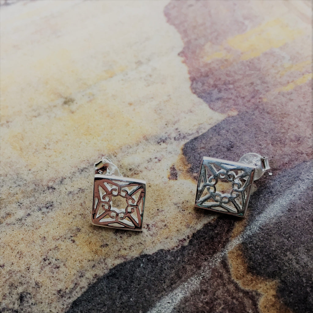 Heritage Stud Earrings - VE203