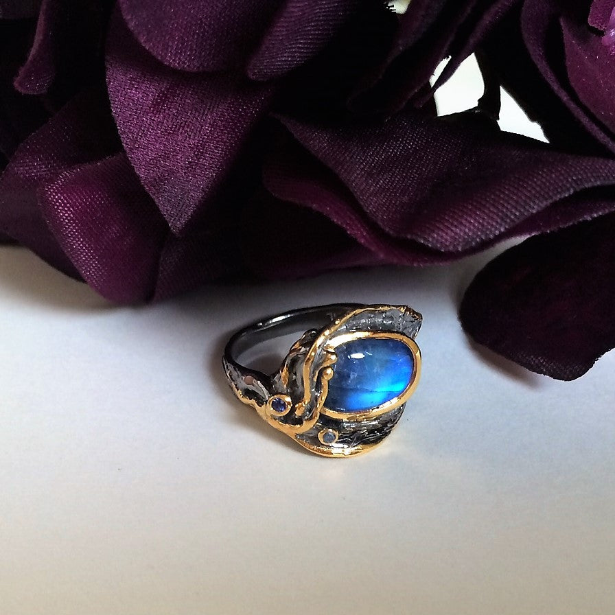 Blue Moon Ring - GLR127