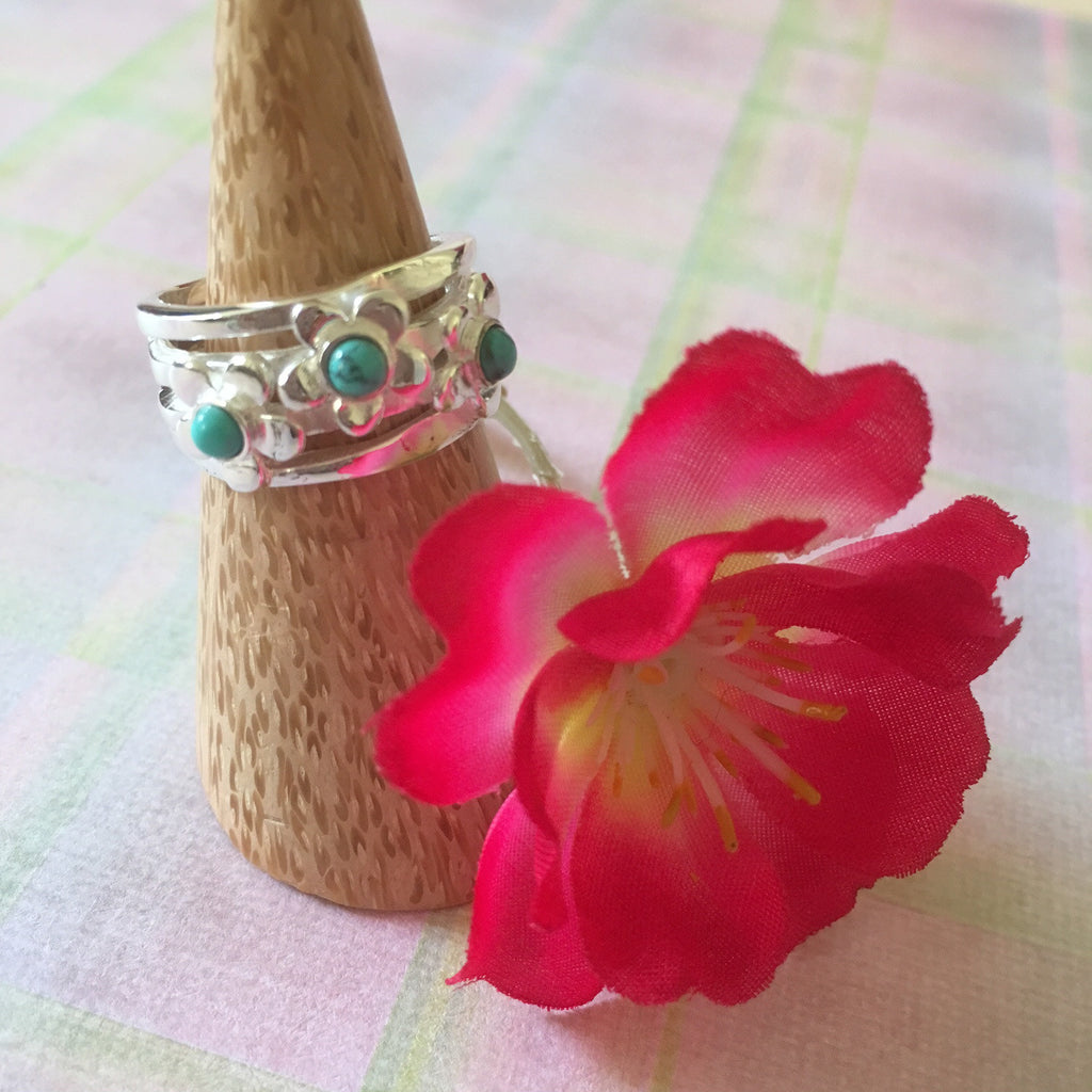 Flower Power Ring - VR118