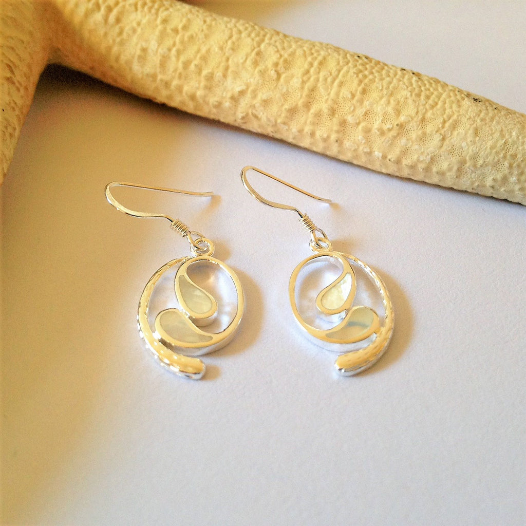 Rolling Wave Earrings - VE179m