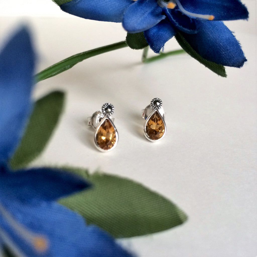 Gemstone Tear Studs - VE117