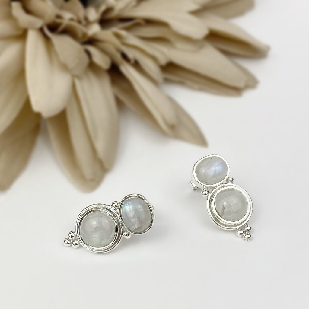 Moonlight Earrings - VE561