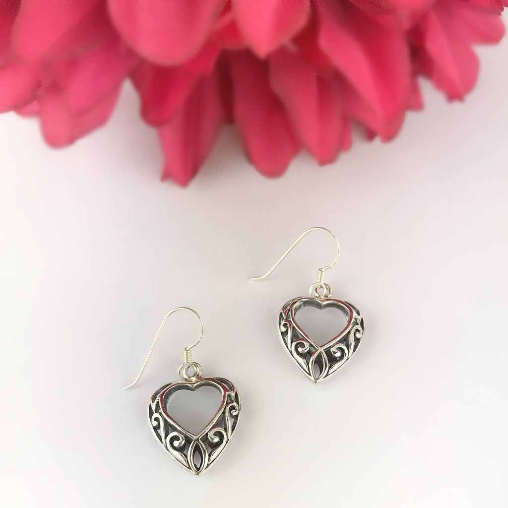 Celtic Heart Earrings - VE580