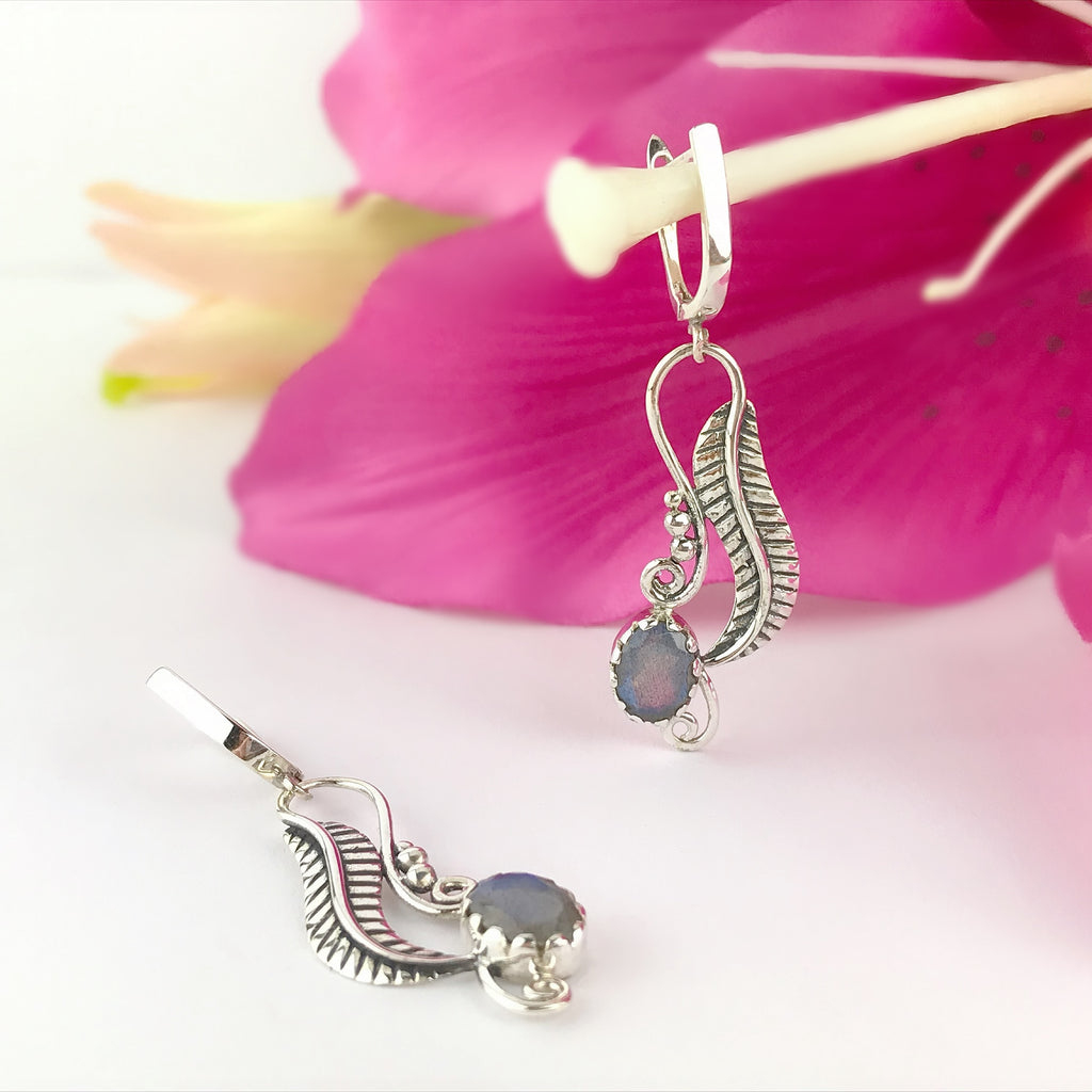 Blue Fern Earrings - VE555