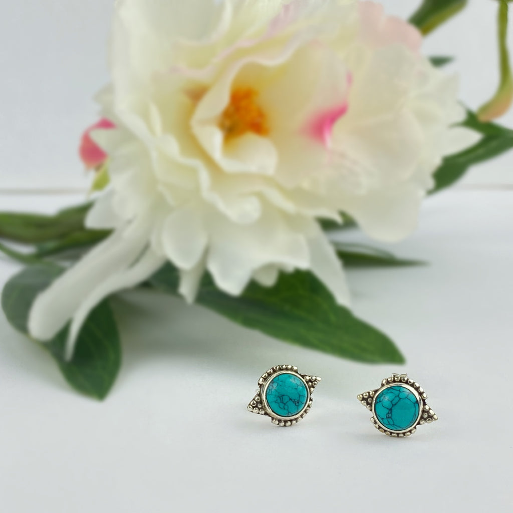 Canna Stud Earrings - VE259T