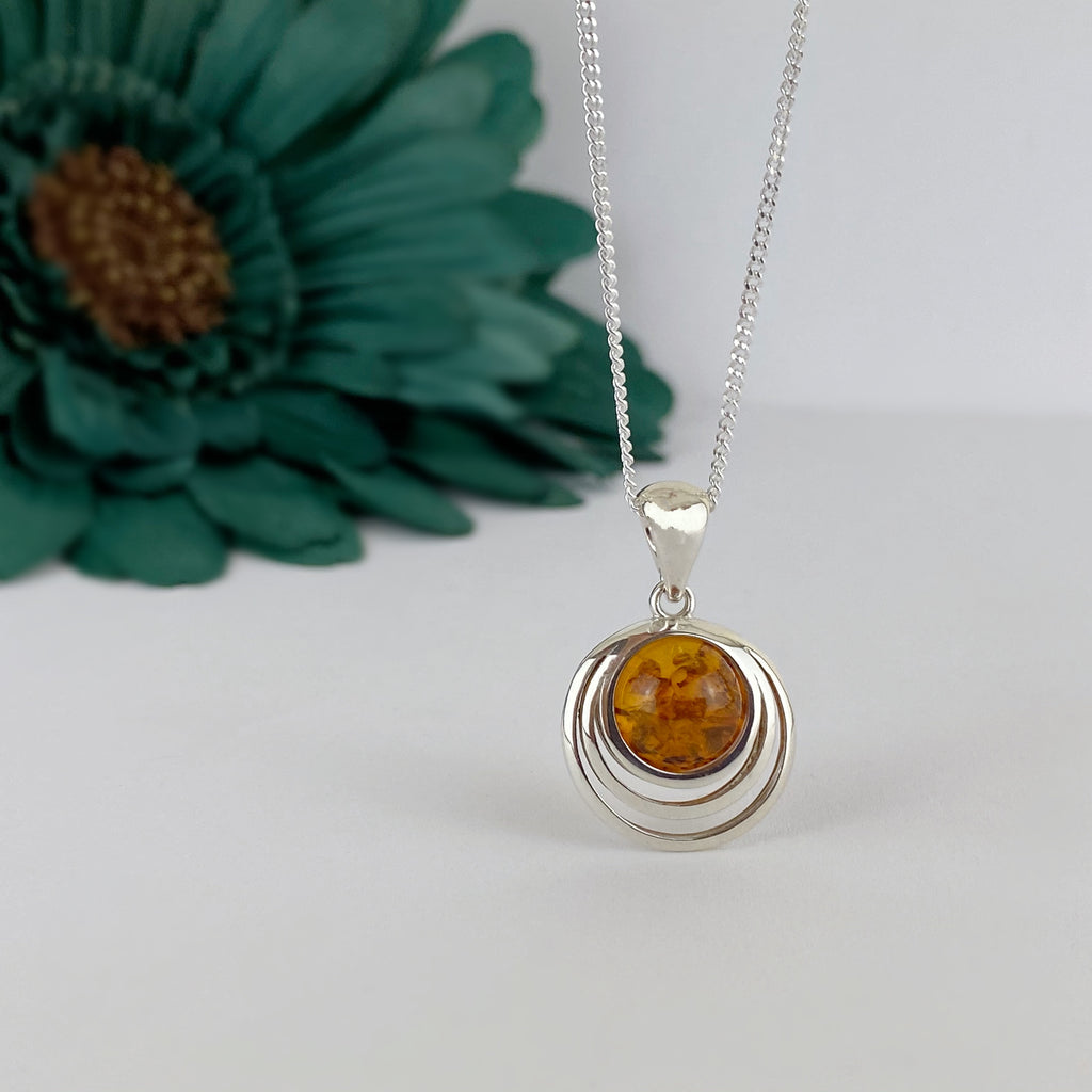 Radiate Pendant - VP381