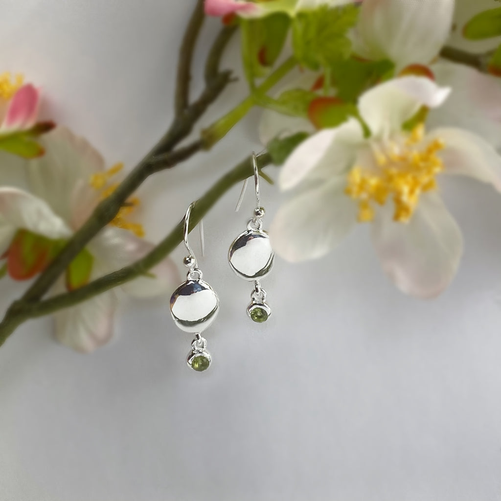 Peridot Pebble Earrings - VE656