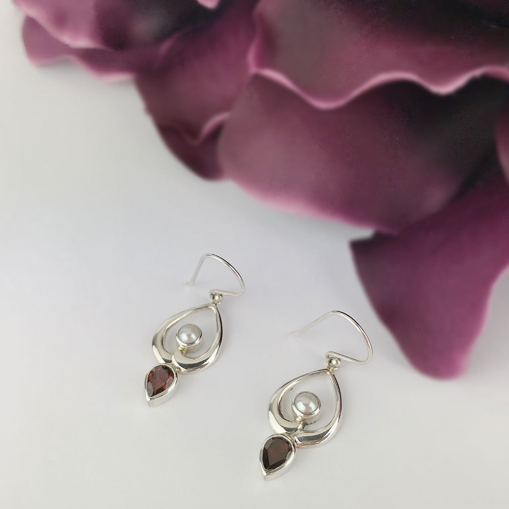 Dainty Duo Earrings - JE111