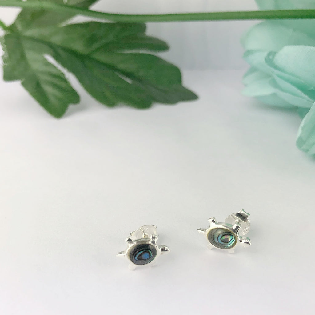 Tiny Turtle Stud Earrings - SE4234