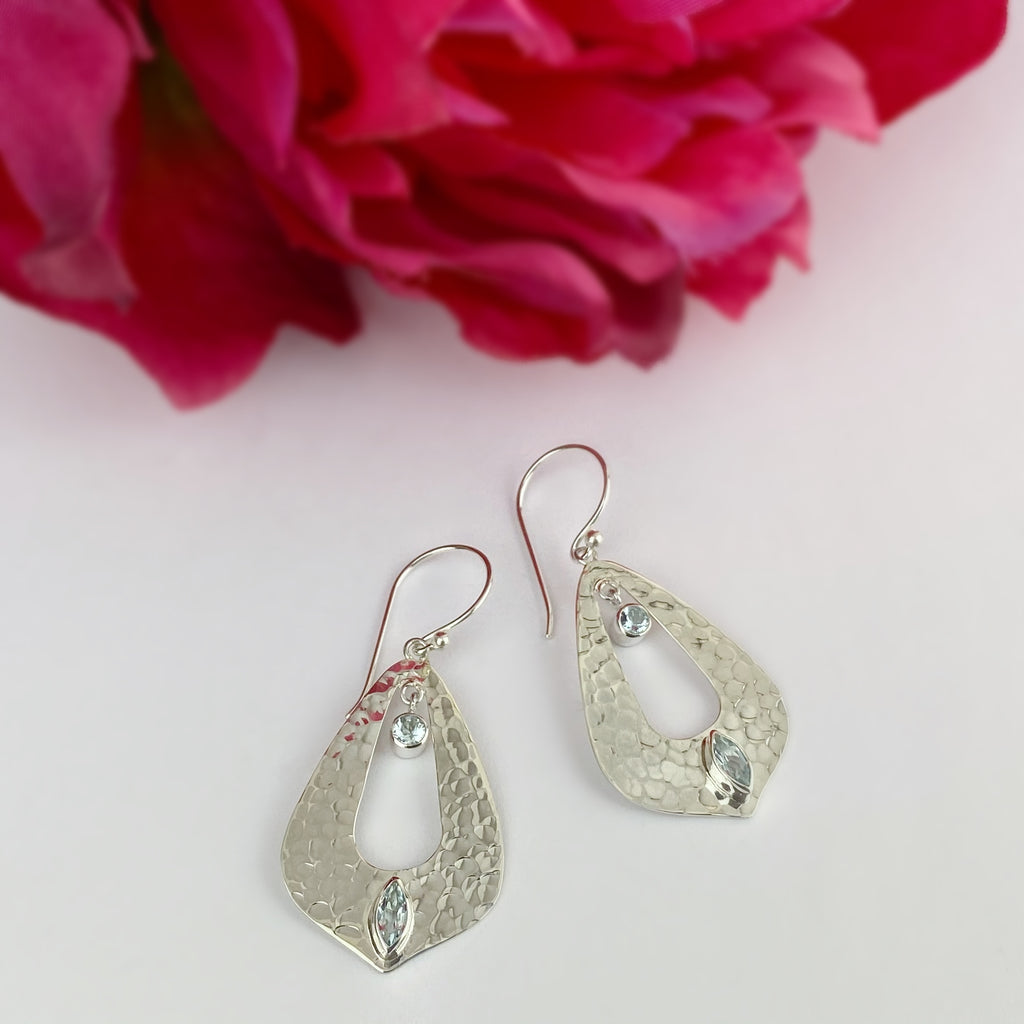 Kiri Earrings - VE398