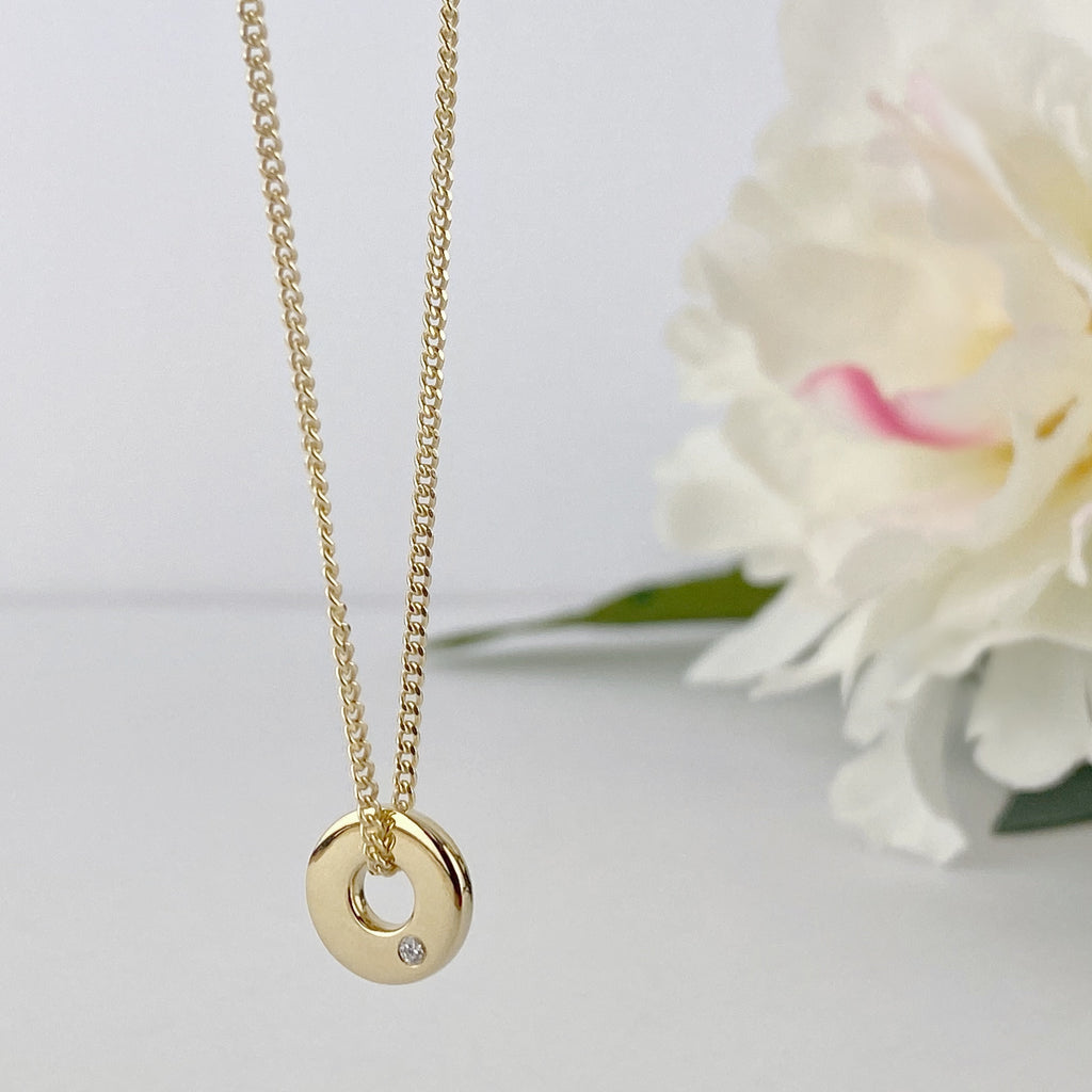 Golden Halo Pendant - SP2595