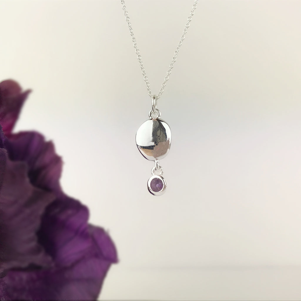 Pebble Pendant - VP133