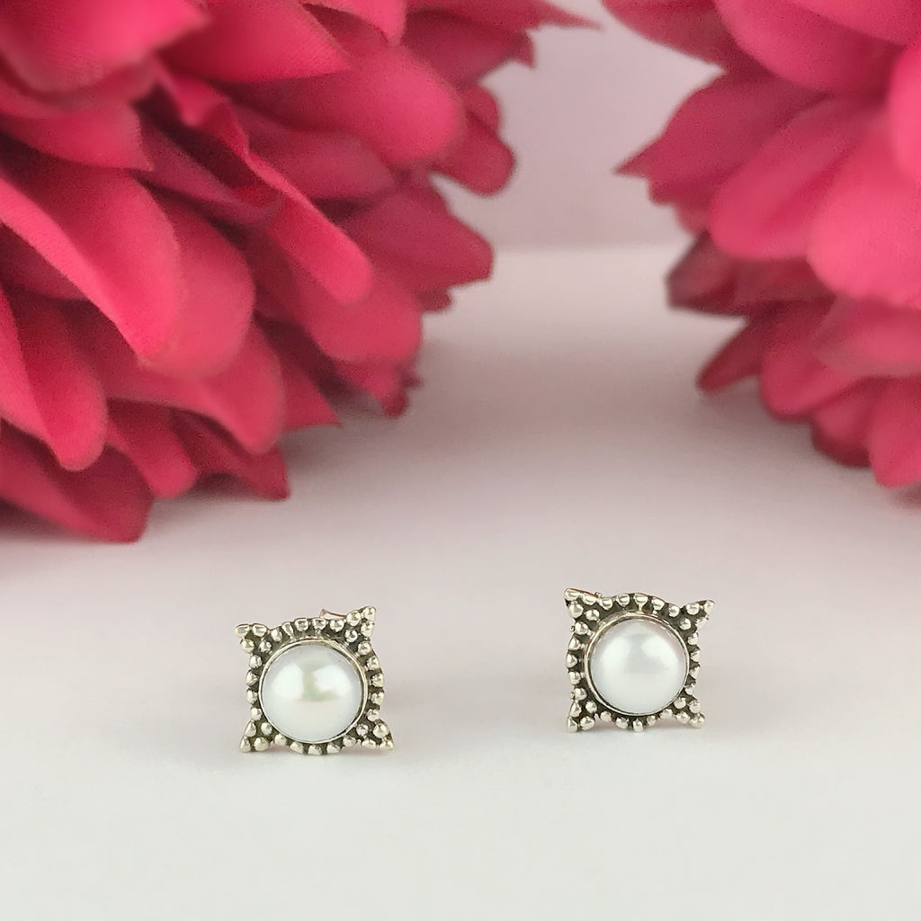 Salma Earrings - VE581