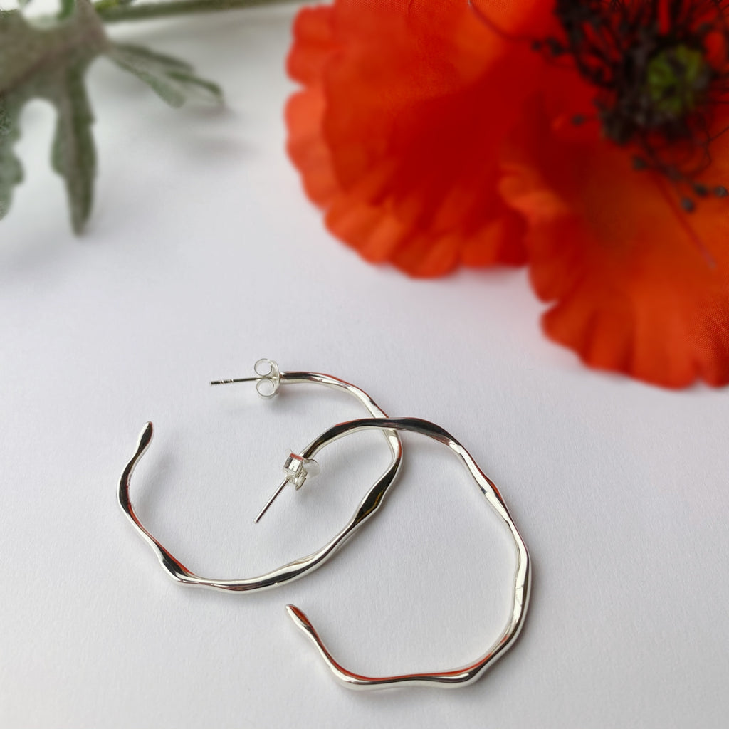 Silver Stream Hoop Earrings - SE4940
