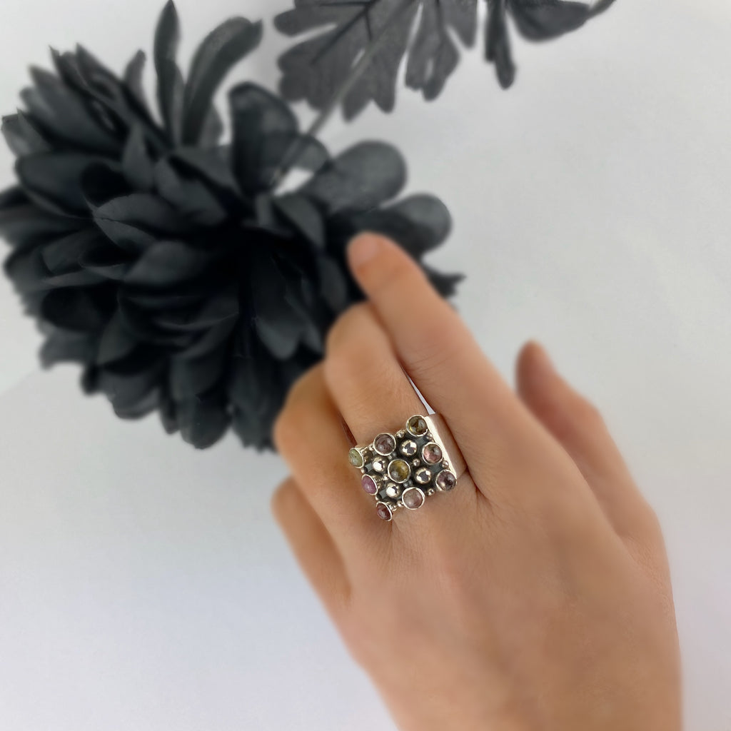 Marguerite Ring - VR382