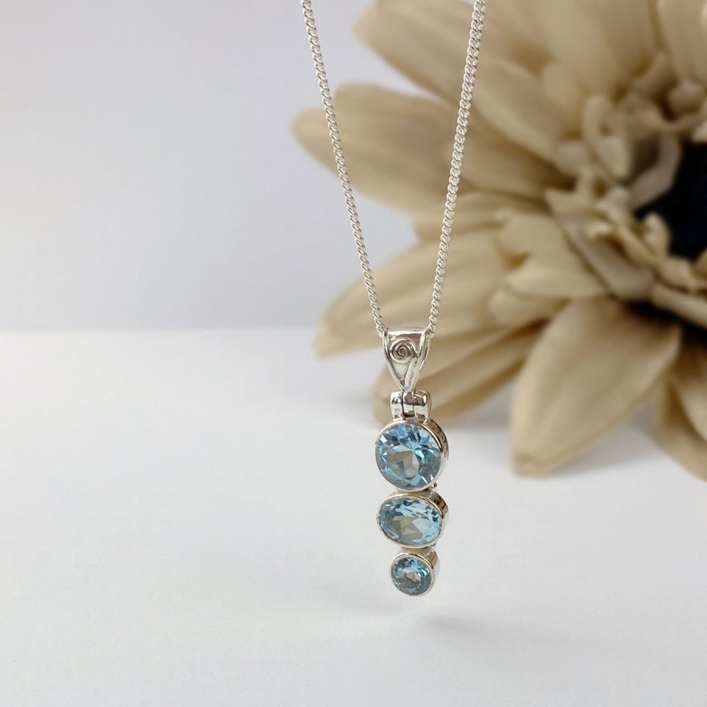 Blue Sky Pendant - VP350