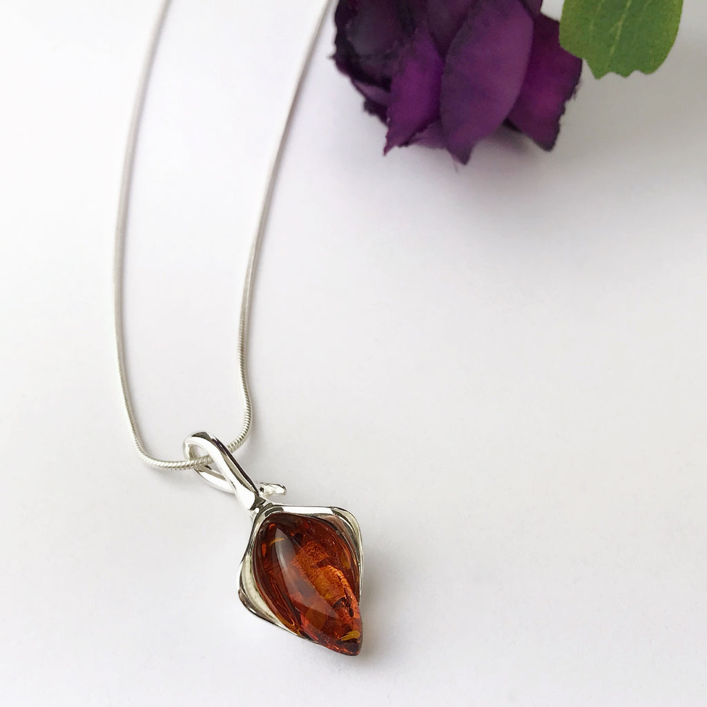 Amber Fire Pendant - SP1091