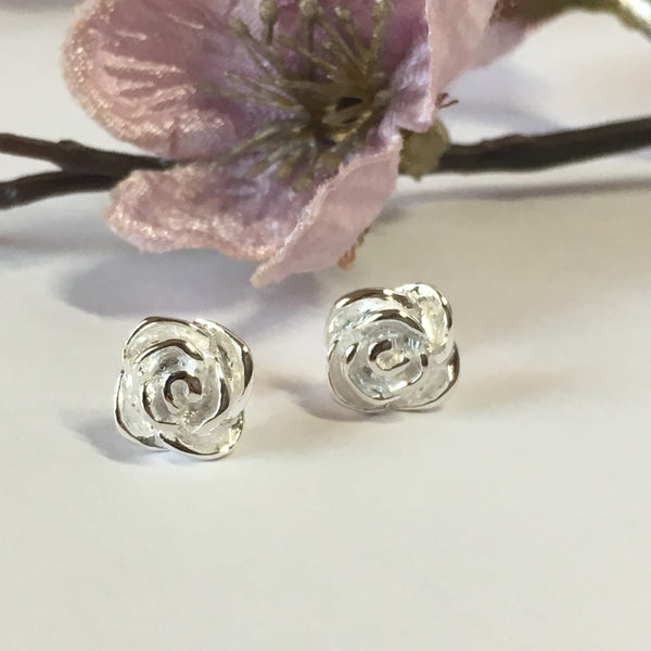 Vintage Rose Stud Earrings - SE520