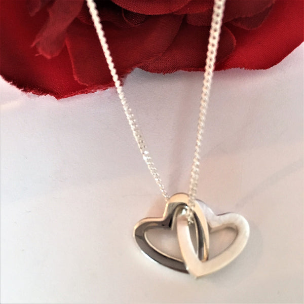 Linked hearts Pendant - SPP2538