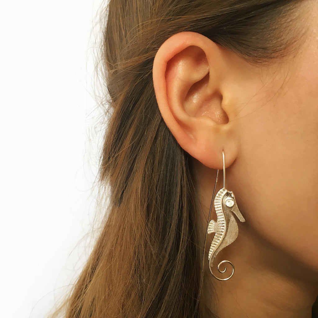 Sweet Seahorse Earrings - VE102