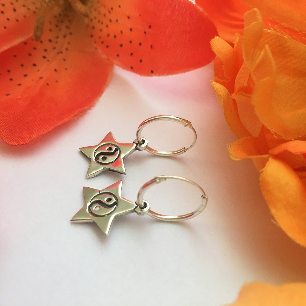 Yin Yang Star Earrings - VE302