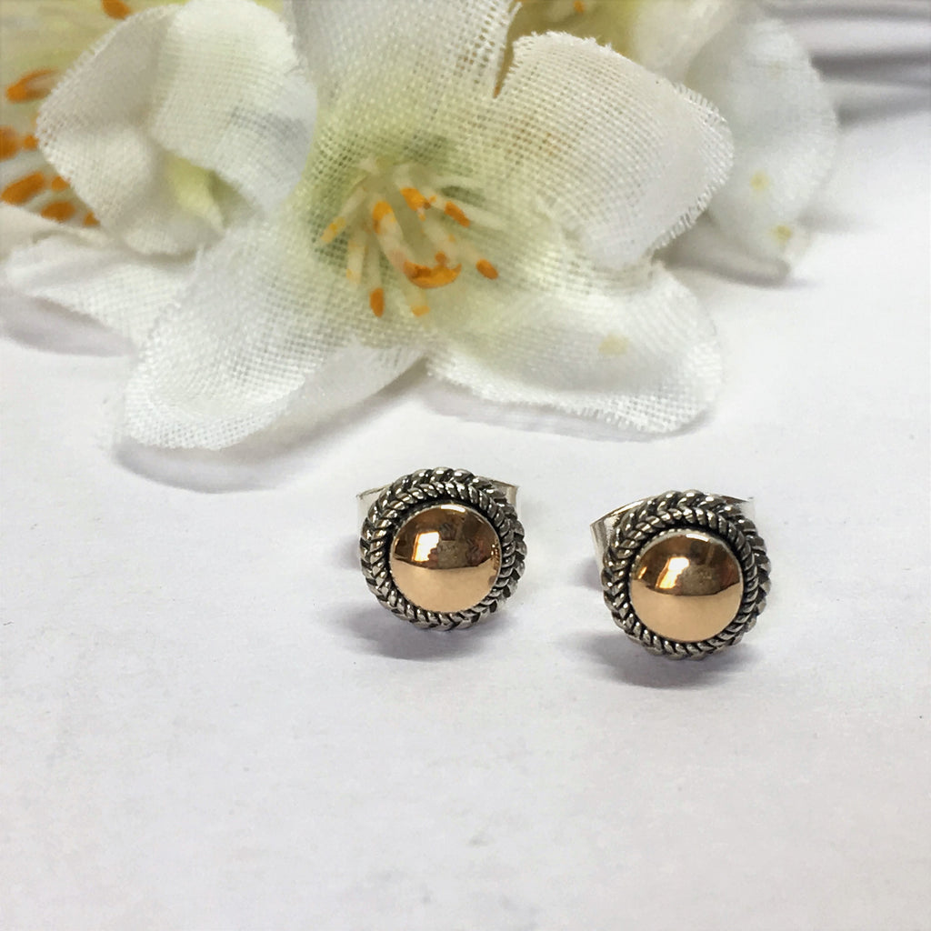 Gold Cushion Stud Earrings - VE384