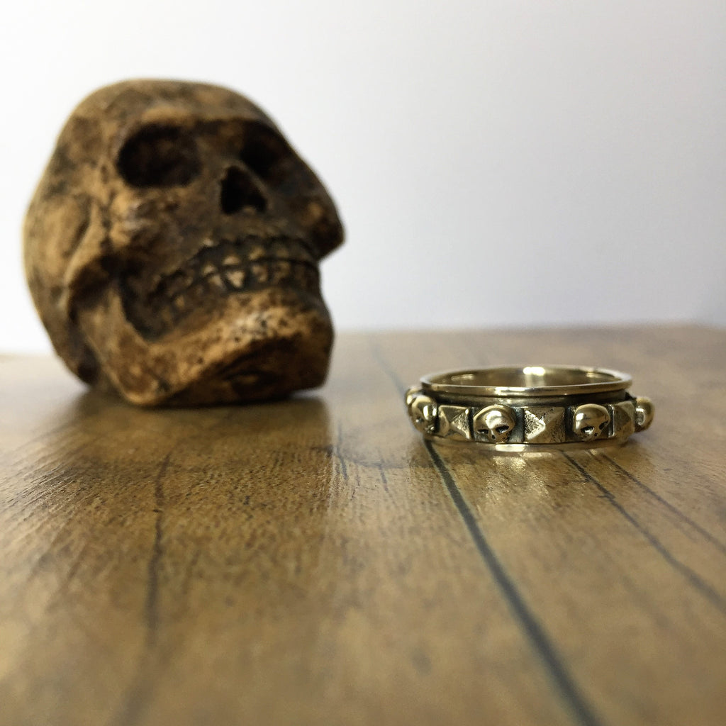 Band of Skulls Ring - VMR113