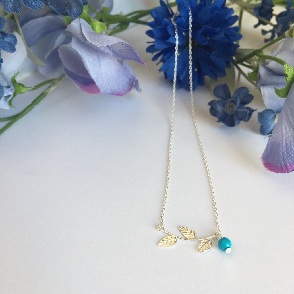 Forget Me Not Necklace - VNKL129