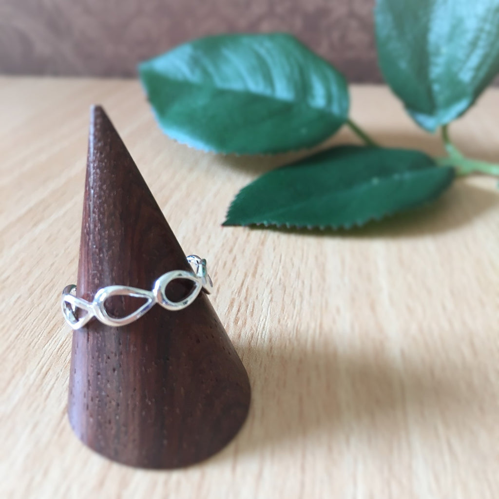Dainty Droplets Ring - VR127