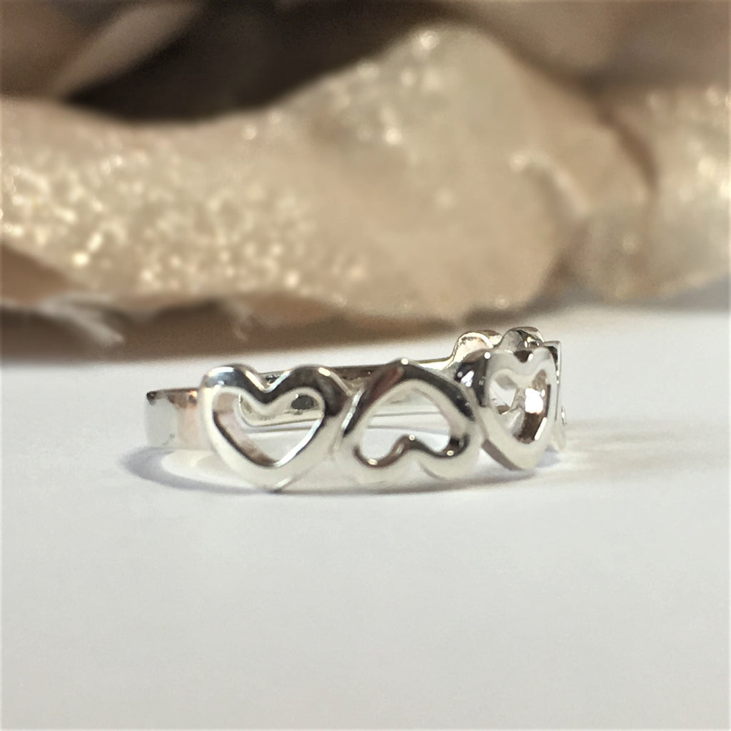 Queen of Hearts Toe Ring - VTR112