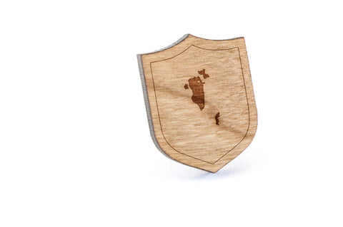 Bahrain Wood Lapel Pin