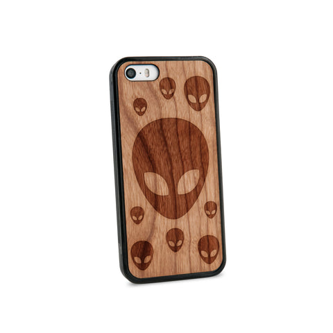 Alien Head Natural Wooden iPhone 5/5S Case in American Cherry Wood