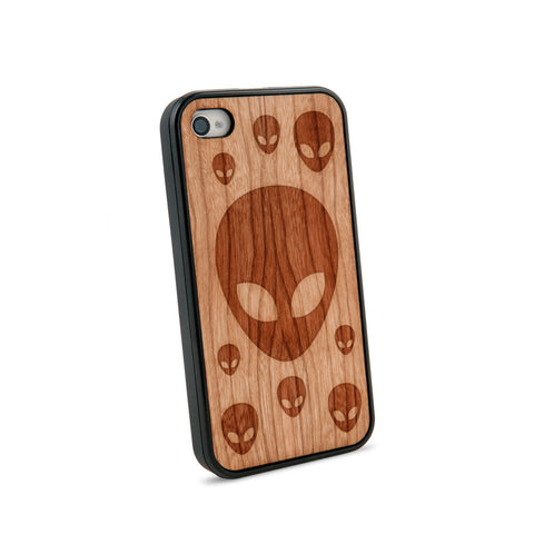 Alien Head Natural Wooden iPhone 4/4S Case in American Cherry Wood