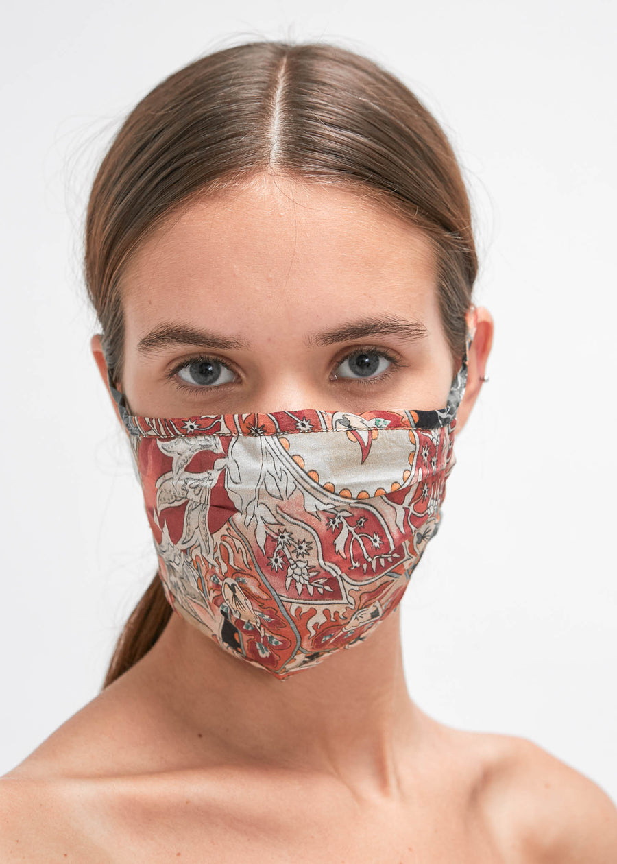 Sandar Pleated Face Mask