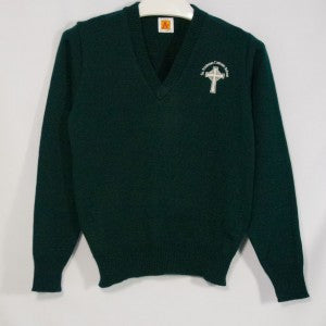 ST. NICHOLAS GREEN CLASSIC V-NECK PULLOVER WITH EMBROIDERED LOGO - Appletree Uniforms
