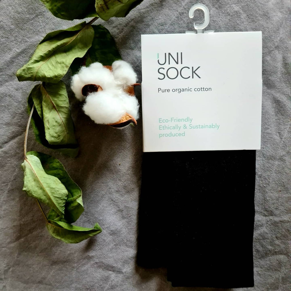 Organic cotton tights with flat seams.