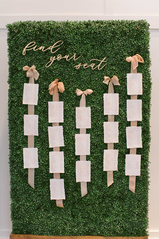 Seating chart created by Auburn and Ivory with silk ribbon by The Lesser Bear photo by Leigh Elizabeth