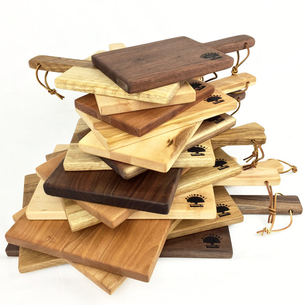 Artisanal Boards, wood cutting boards with handle