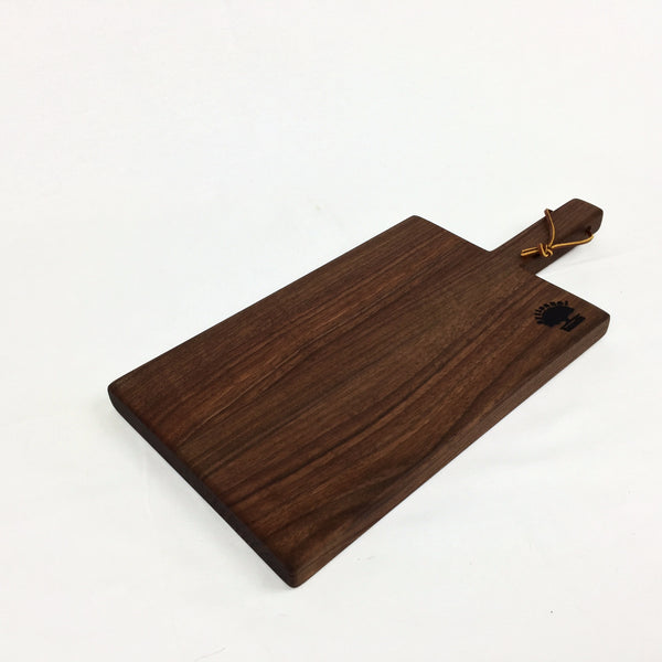 Handle Cheese Board Walnut