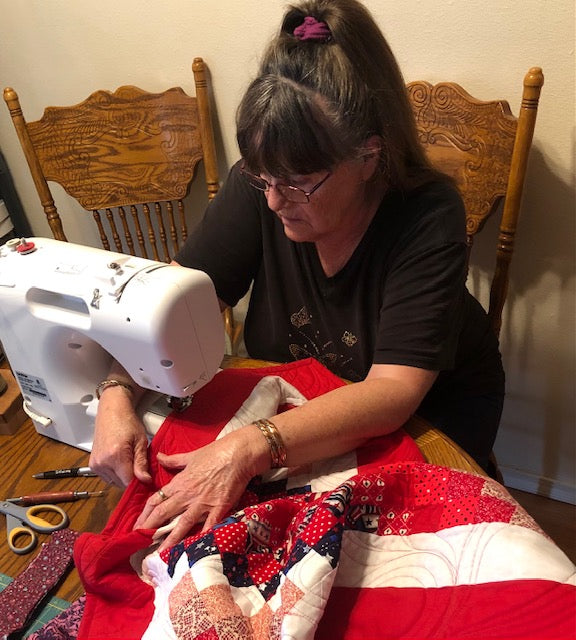 #withthesehands Sandy Cantrell and the Art of Quilting