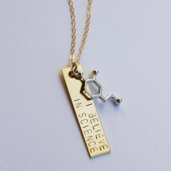 'I believe in science' Necklace