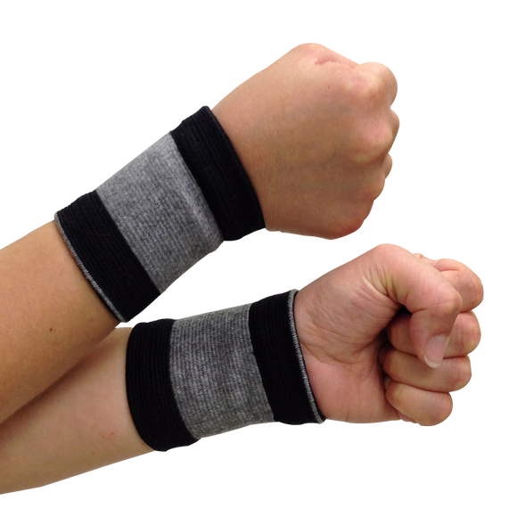 Self-Warming Wrist Supports | Bamboo Charcoal Technology | 1 Pair (2 Bands)