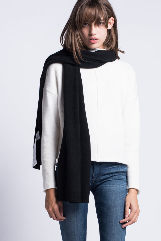 MaxMara Weekend Guelfi Cashmere Scarf Black - Room 29