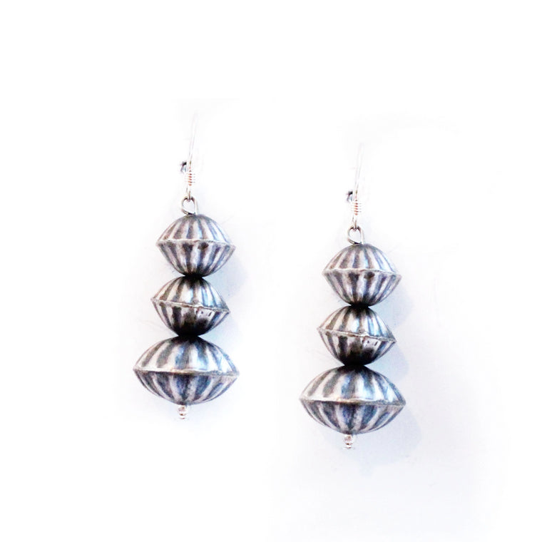 Texture Navajo Pearl Earrings
