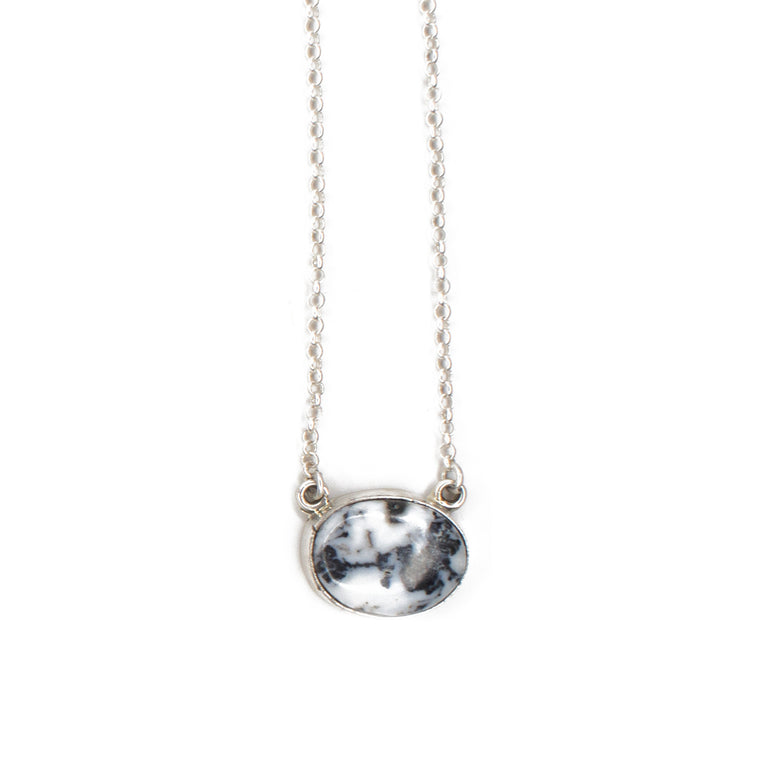 The Lorraine Bar Necklace