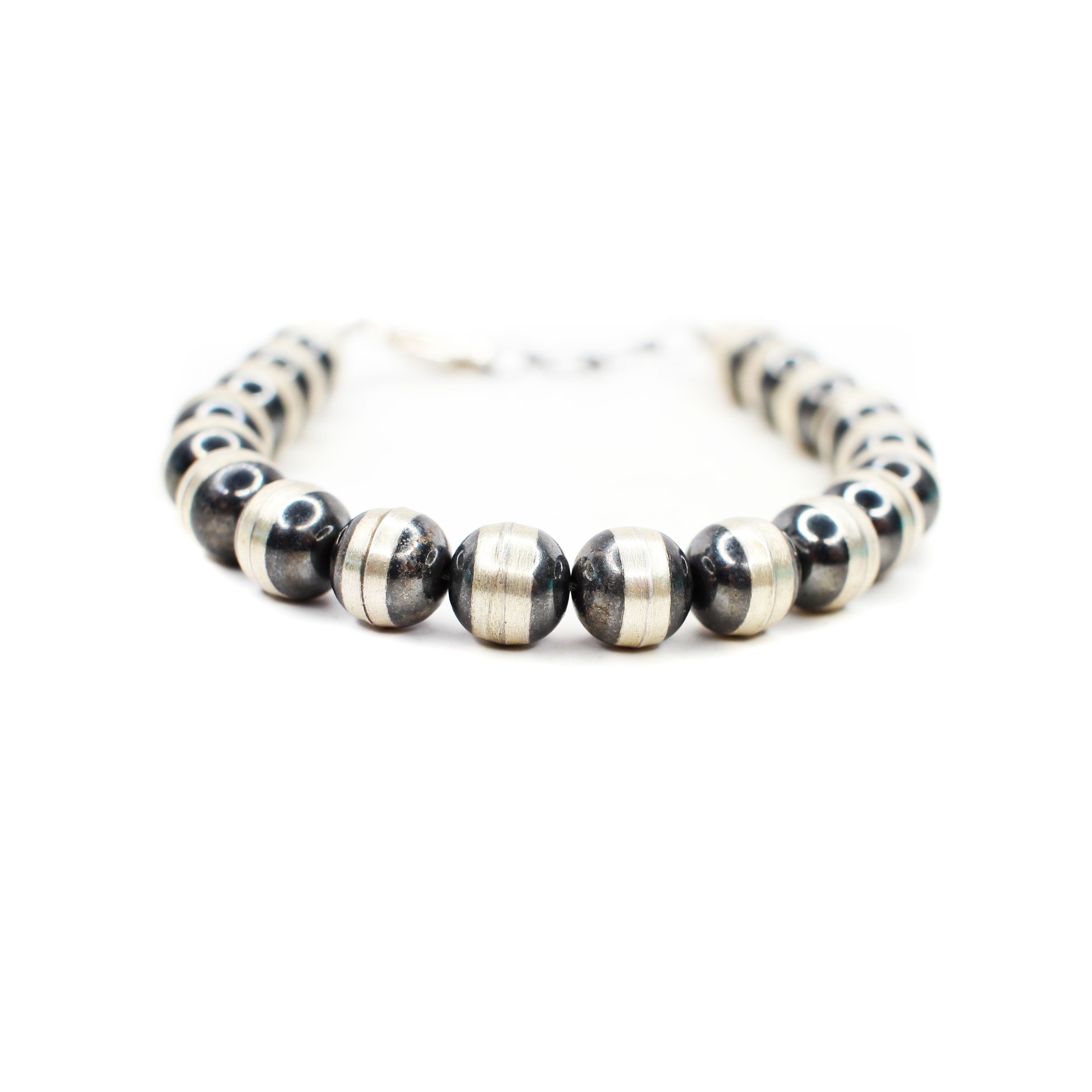 Navajo Pearl Bracelet with Clasp - 8mm